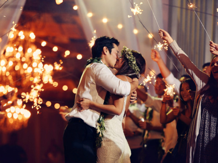 Sparkler send off kiss at Sunset Ranch North Shore Oahu