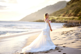 Bridal portrait at Makua Beach Oahu Hawaii